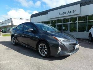 Auto- Aritassa huomenna tähän Toyota Priukseen tarjolla, Hybridi fiiliksen lisäksi, matkalahjakortti arvo 500€. Tervetuloa kaupoille 0300 472206